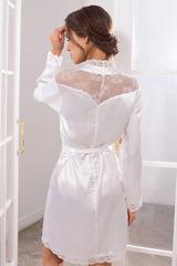Белый атласный халат-кимоно короткий с кружевом