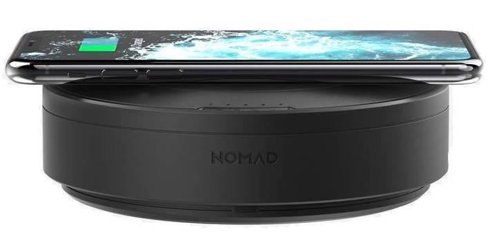 Хаб с беспроводной зарядкой Nomad Wireless Hub + смартфон