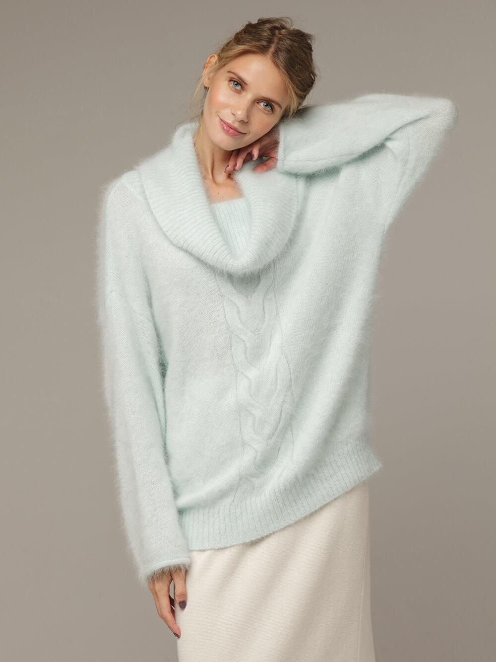 Женский джемпер бирюзового цвета с объемным воротником - фото 1