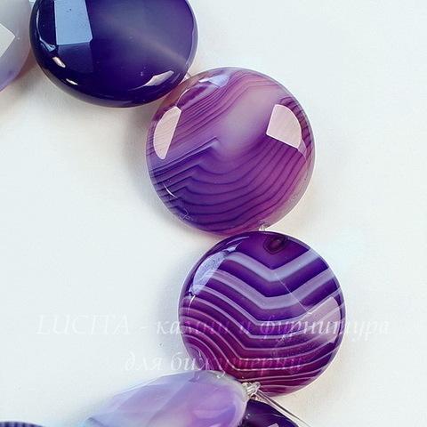 Бусина Агат (тониров), круглая плоская с огранкой, цвет - фиолетовый с белыми полосками, 20х8 мм, нить