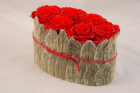 Композиция из вельветовых листьев и роз 16.5x9x11.5 (упакован) красный