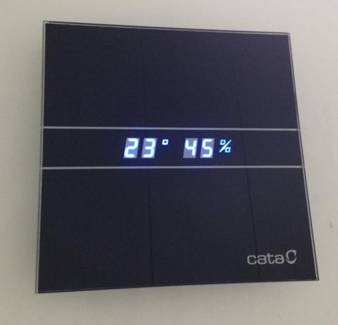 Вентилятор накладной Cata E 100 GTH Bk Черный, с обратным клапаном (таймер, датчик влажности, термометр, дисплей)