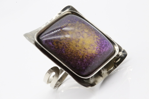Кольцо из посеребренной бронзы со смальтой