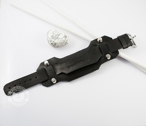 BL411-4 Массивный кожаный браслет ручной работы с клепками. &#34Boroda Design&#34