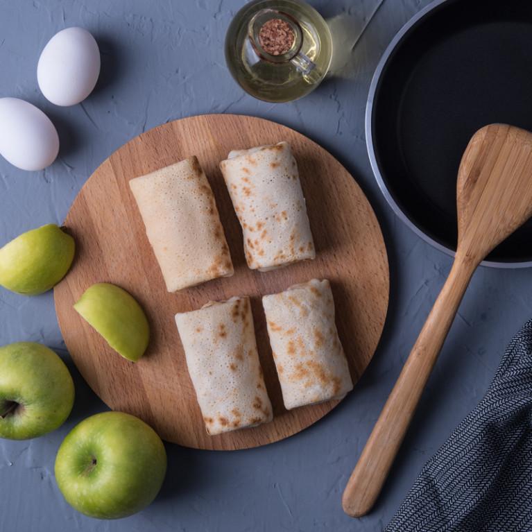 Фотография Блины с яблоками / 500 г купить в магазине Афлора
