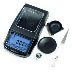 Электронные весы, лабораторные с точностью 0,001 г, максимальный вес - 20 г