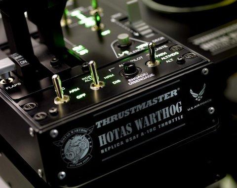 Thrustmaster HOTAS Warthog PC- игровой контроллер