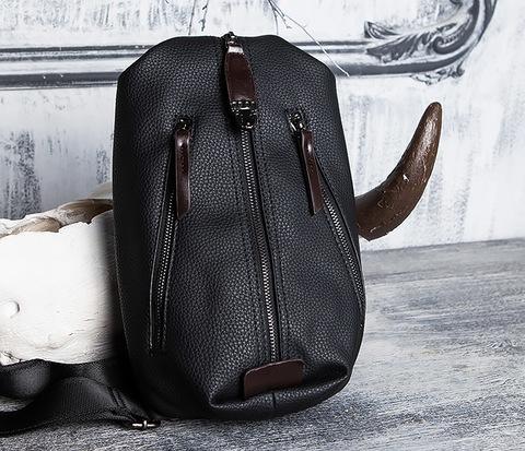 BAG422-1 Компактная кожаная мужская сумка рюкзак с одной лямкой