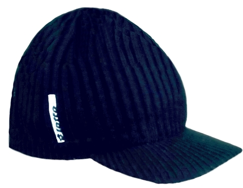 Зимняя вязаная шапка бейсболка Lotto GUNNER CAP WINTER N4160