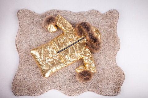 Зимний комбинезон тройка для новорожденных 0-2 года Look Gold с натуральным мехом
