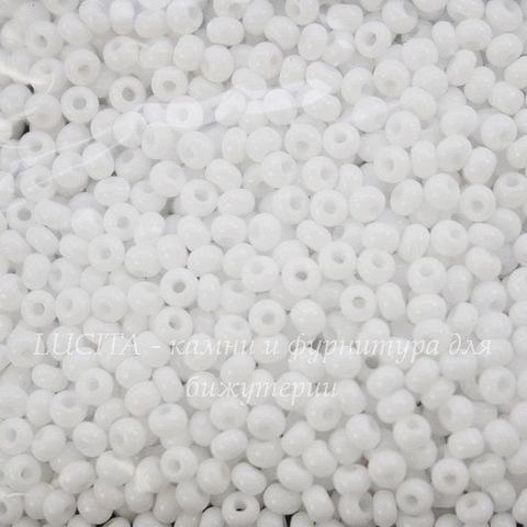 03050 Бисер 10/0 Preciosa Керамика белый