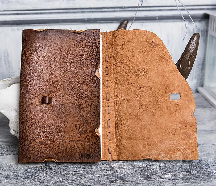 BY01-06-01 Блокнот «Будь на коне» с обложкой из натуральной кожи с застежкой - клыком (А5) фото 05