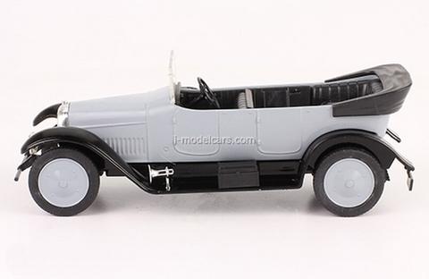 Russo-Baltic type S24/40 Prombron 1922 1:43 DeAgostini Auto Legends USSR #230