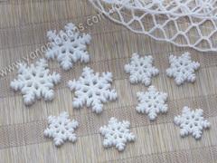 Пластиковый декор Белая снежинка с блестками
