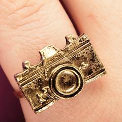 Кольцо в виде фотоаппарата