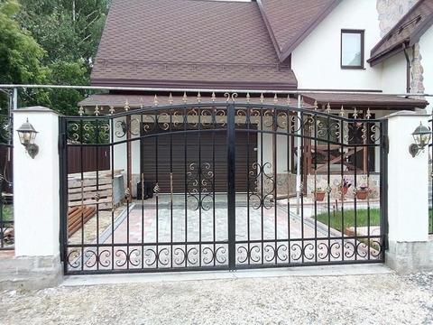 Распашные кованые ворота N-1