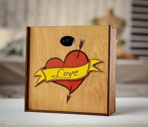 Подарочная коробка для влюбленных (17*17*7 см)