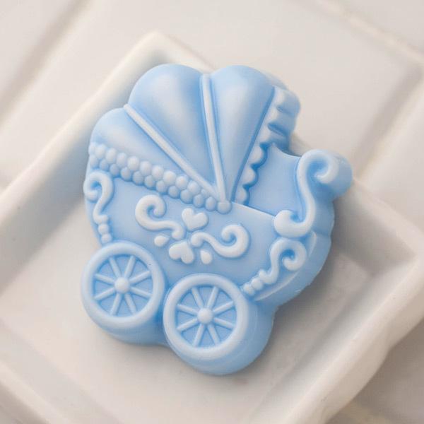 Пластиковая форма для мыла Коляска