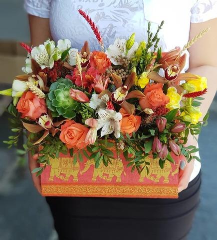 Ящик с цветами Июнь 1
