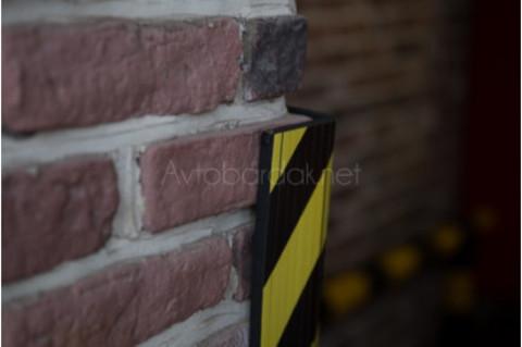 Прорезиненный отбойник на стену, этиленвинилацетат. Толщина 8 мм. 335х225 мм.