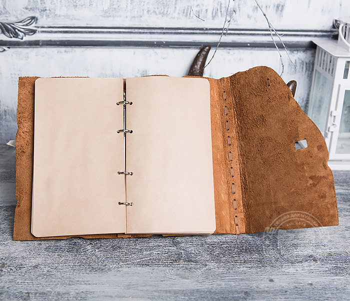 BY01-06-01 Кожаный подарочный блокнот «Будь на коне» с застежкой - клыком (А5) фото 07