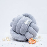 """Декоративная узловая подушка """"Fist"""", артикул 1600001180023, производитель - Nice Pillow"""