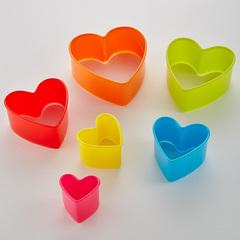 Набор пластиковых форм для печенья 6 размеров