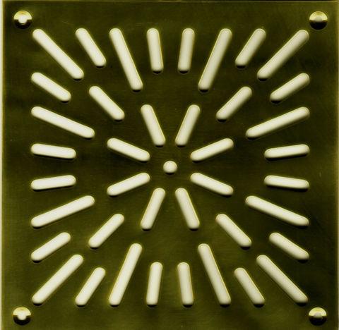 Решётка напольная 150х150 (вариант 2) из латуни