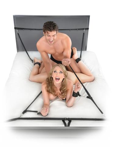 Ultimate Bed Restraint System Фиксация ременная пристегивается на кровать фото