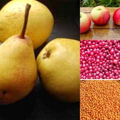 Набор из свежих ягод и фруктов