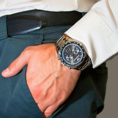 относиться духам, часы армани мужские цена оригинал предпочитающим активный