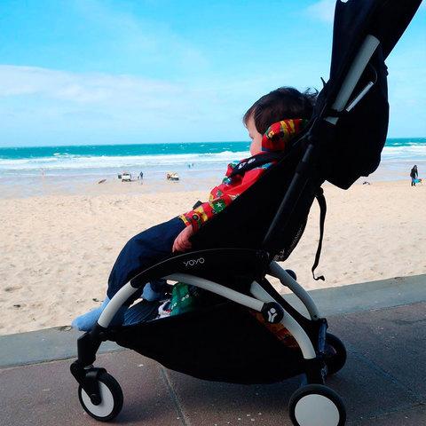Детская коляска BabyZen YoYo 6+ (черная) напрокат