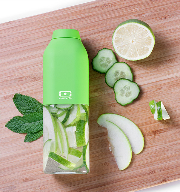 Бутылка Monbento Positive (0,33 литра), зеленая