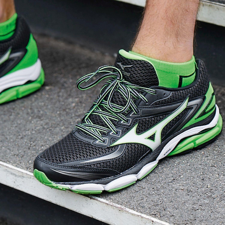 мягкие универсальные беговые кроссовки