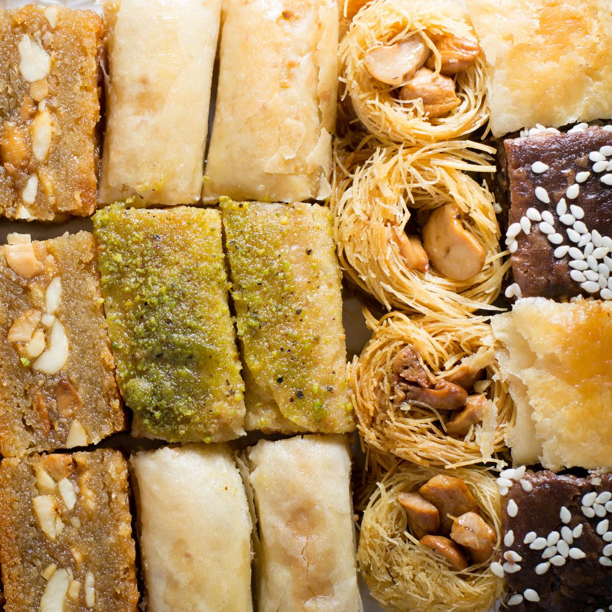 "Ассорти Пахлава - ассорти ливанских сладостей ""Оронт"", 600 г import_files_6f_6f5dd39b787e11e799f3606c664b1de1_2456a41c2e9411e8a993484d7ecee297.jpg"