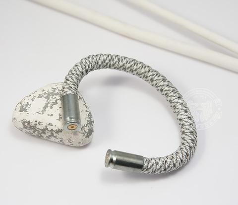 BD152-1 Браслет из паракорда, стали и гильз (никель), ручная работа