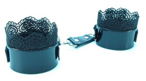 БДСМ наручники с кружевом - Black BDSM Light (эко-кожа)