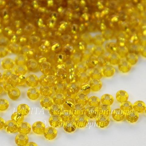 87010 Бисер 9/0 Preciosa прозрачный желтый с серебряным центром