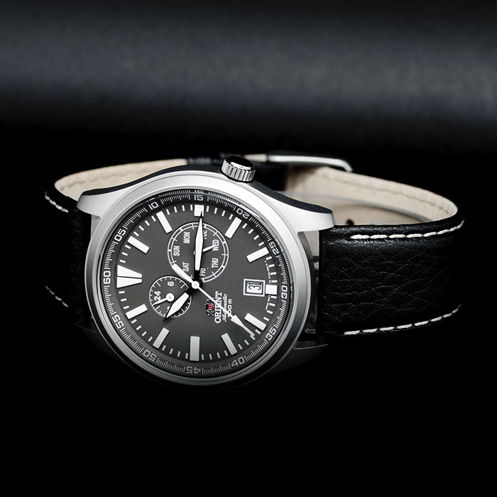 Мужские японские наручные часы Orient Defender FET0N002K0 Sporty Automatic 770154dc23d8b