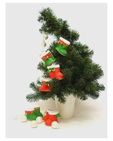 Сапожки-угги из фетра - Сапожки угги к Новому Году и Рождеству. Одежда для кукол, пупсов и мягких игрушек.