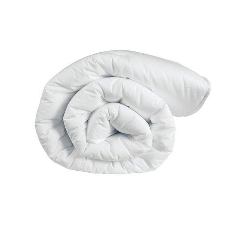 Элитное одеяло всесезонное 200х200 Medio Caldo от Caleffi