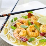 https://static-eu.insales.ru/images/products/1/4820/79680212/compact_coconut_noodles_shrimps.jpg