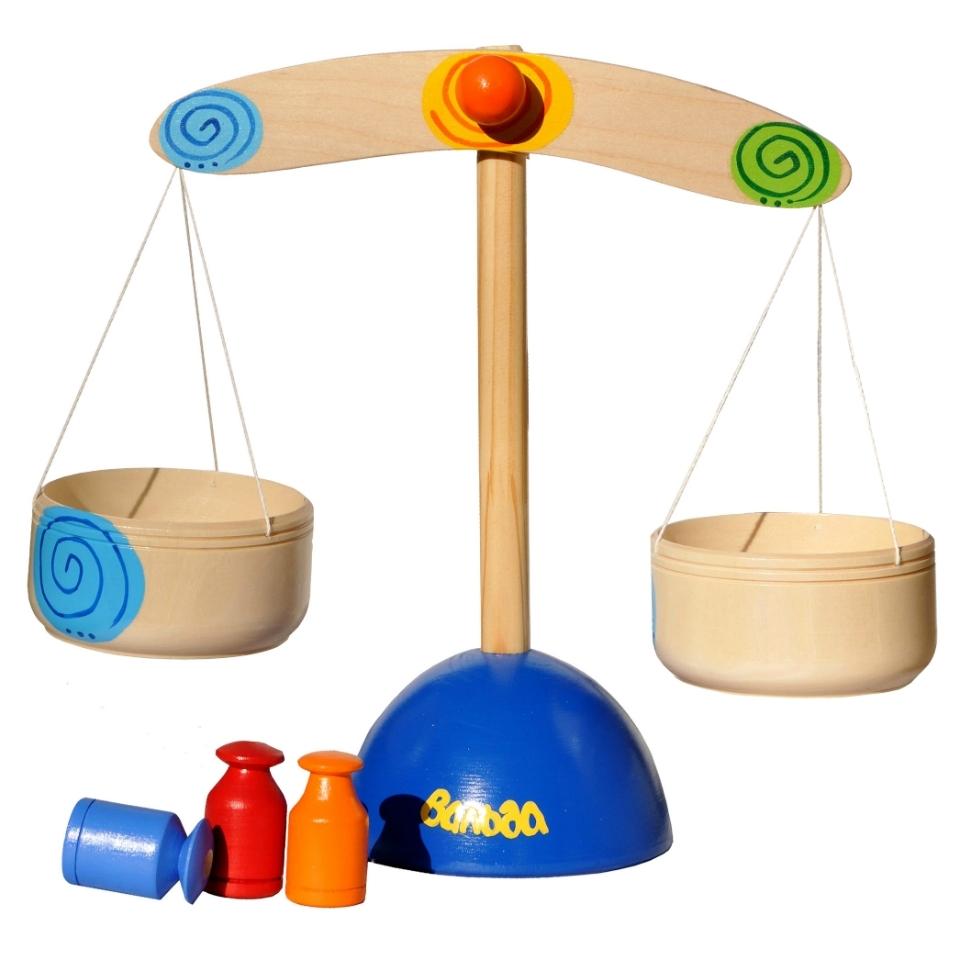Весы  детские деревянные для игры