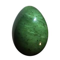Яйцо из нефрита.