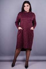 Стиль. Модное платье больших размеров. Бордо.