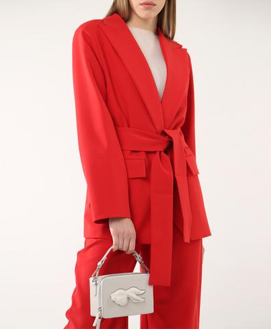 Пиджак красного цвета