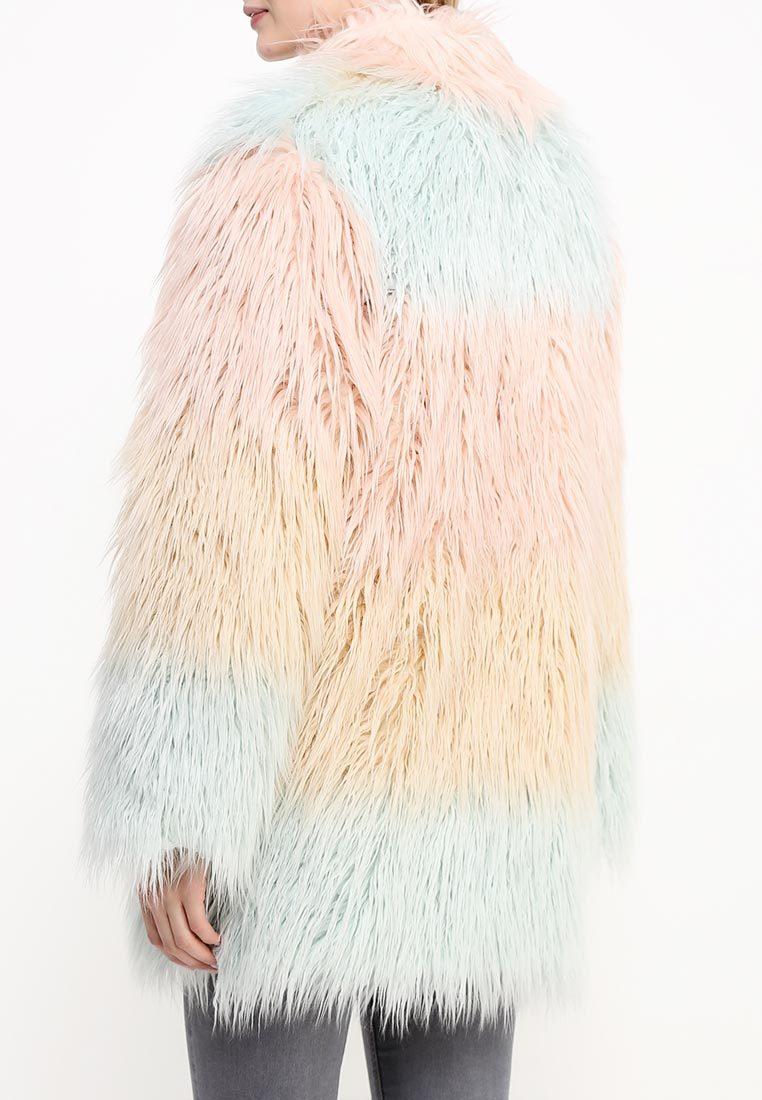 Шубы из разноцветного меха