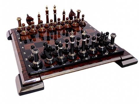 Шахматы из обсидиана в подарочной упаковке
