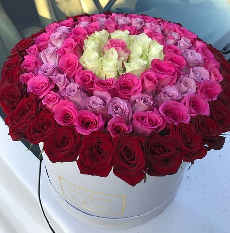 101 микс роза в коробке