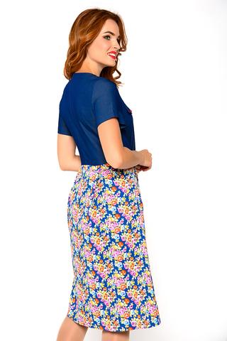 Модное платье насыщенных оттенков. Оригинальный фасон подчеркнет Вашу индивидуальность.